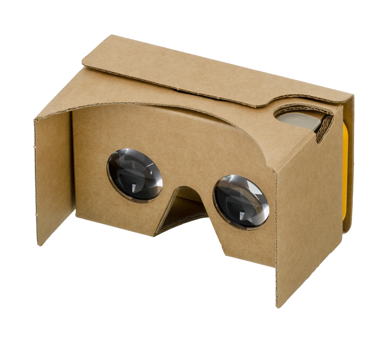 Casque de réalité virtuelle en carton Nissan gratuit