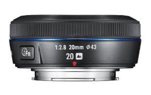 Objectif pancake Samsung NX 20 mm f/2.8 i-Function