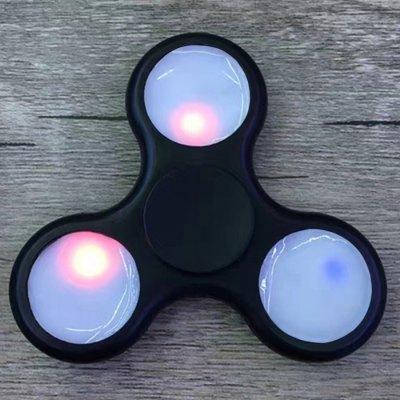 Jouet Hand  Spinner à LED - bleu ou noir