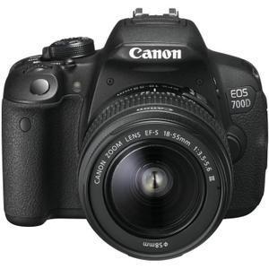Appareil photo Reflex Canon EOS 700D + Objectif 18-55 DC