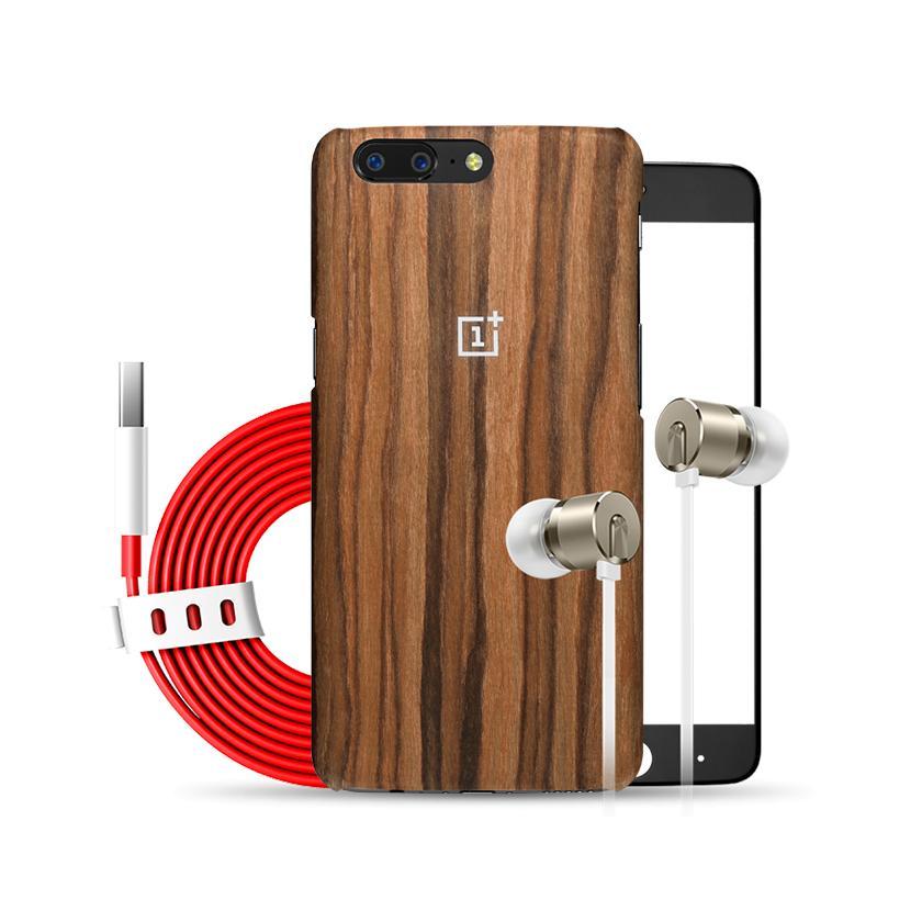 """Pack smartphone 5.5"""" OnePlus 5 (SnapDragon 835, 8 Go de RAM, 128 Go) + câble USB-C + coque de protection + écouteurs OnePlus Bullets (V2) + protection d'écran en verre trempé"""