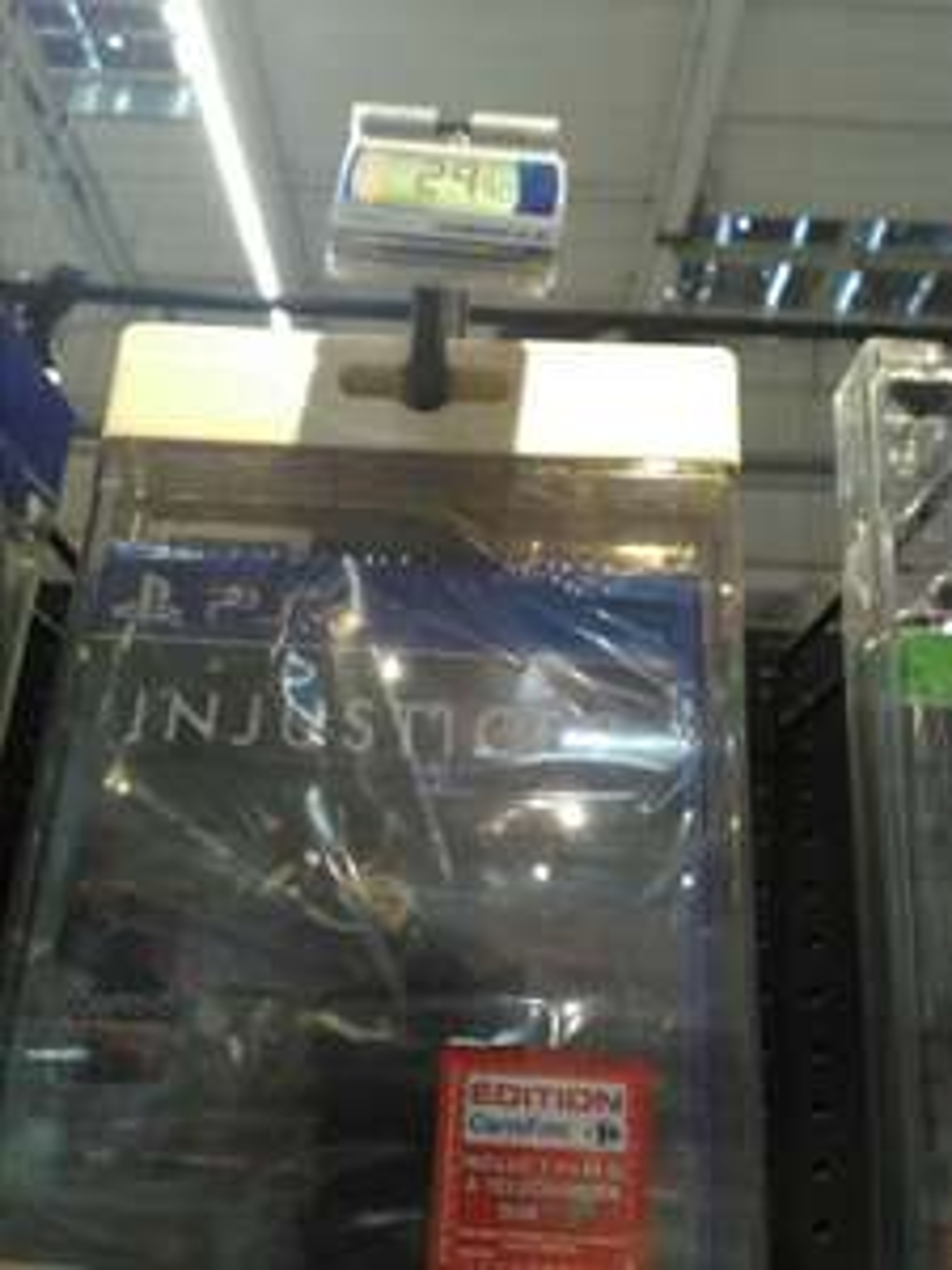 Injustice 2 sur PS4 + 1 film à télécharger