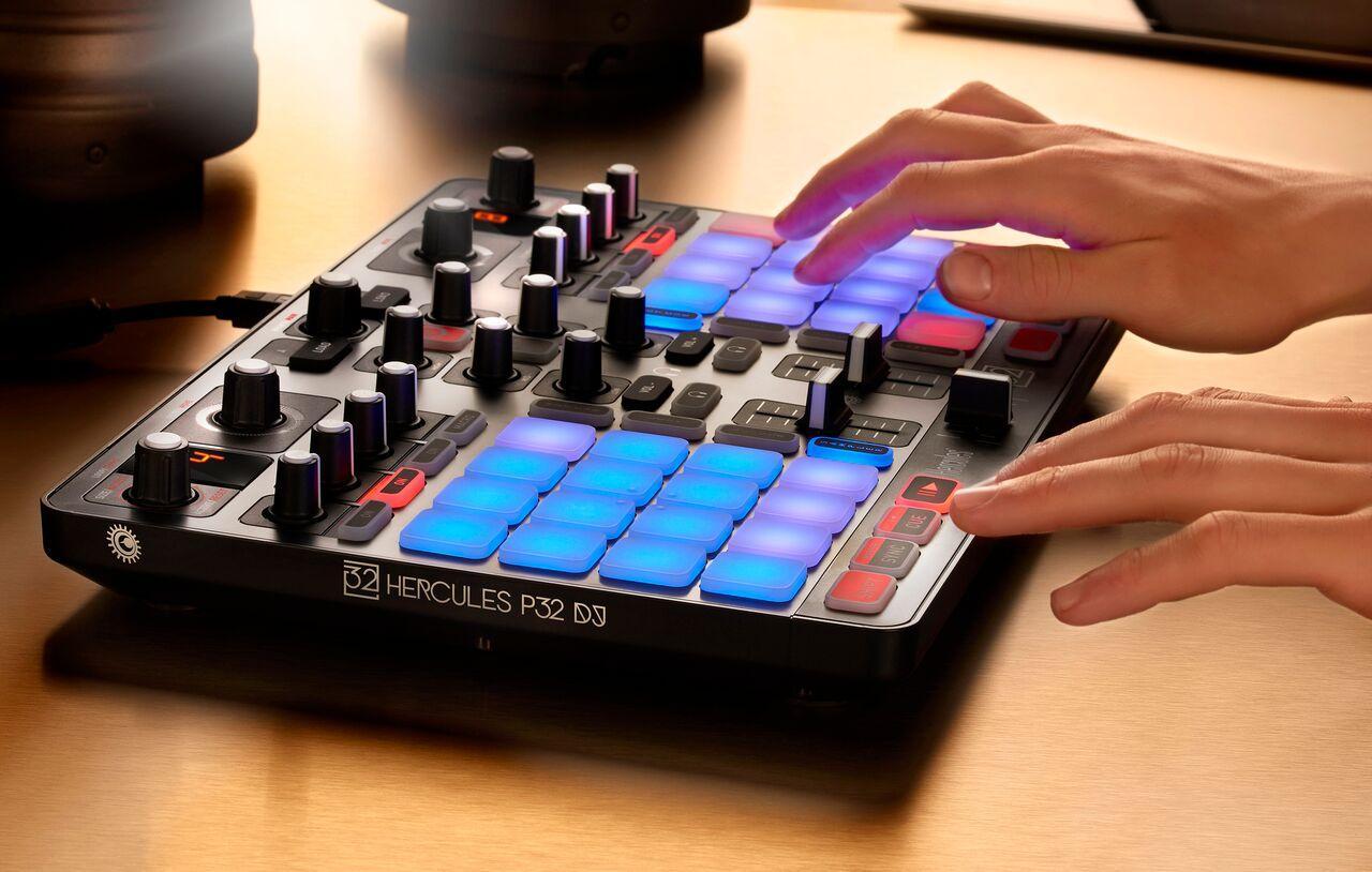 Contrôleur DJ USB Hercules - P32 DJ