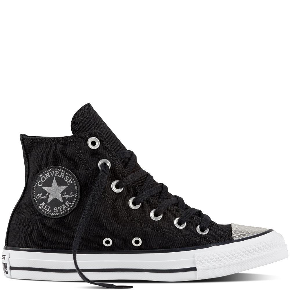 30% de réduction sur une sélection de chaussures, sacs, vêtements - Ex : Chaussures Chuck Taylor All Star Metallic Toecap