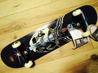 Skate Complet Powell Skull Swo