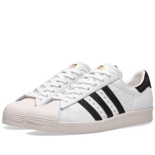15% de réduction immédiate sur une sélection de Baskets en Promotion - Ex : Adidas Superstar 80s Blanc/Noir & Gold Metallic
