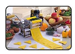Machine à pâtes : laminoire et accessoire à raviolis   (pate /pates)