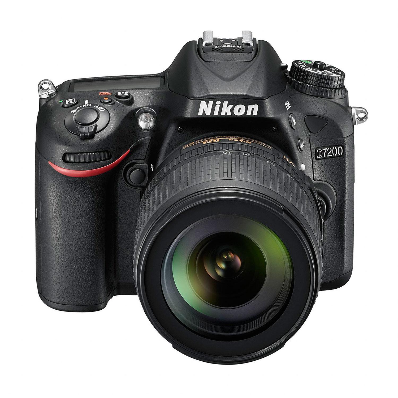 Appareil photo réflex numérique Nikon D7200 + Objectif VR 18-105 mm