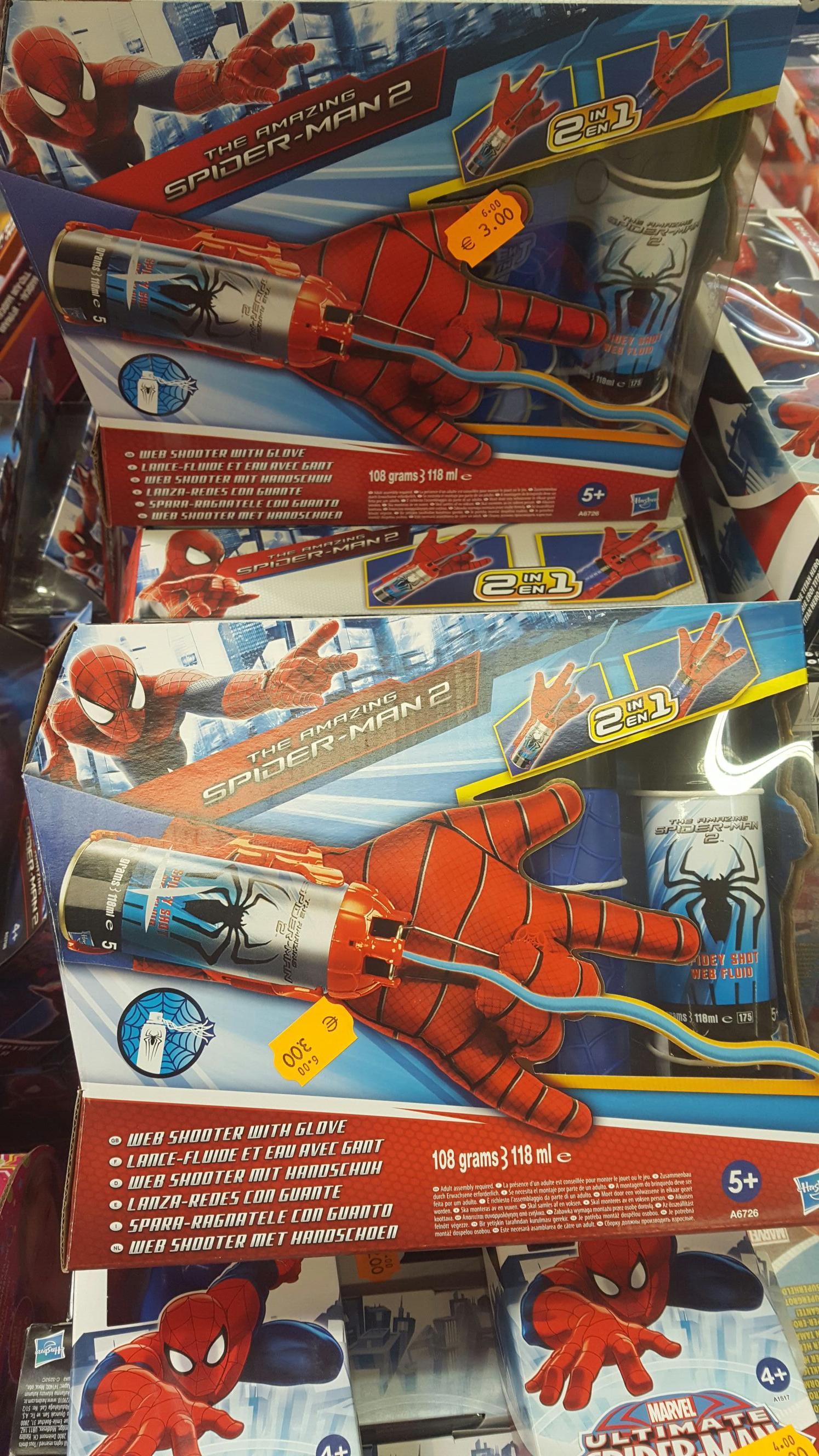 Gant Spiderman lance fluide et eau de Hasbro