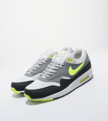 Chaussures Nike Air Max 1 Neon