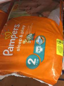 Paquet de 68 couches Pampers Sleep & Play - Taille 2
