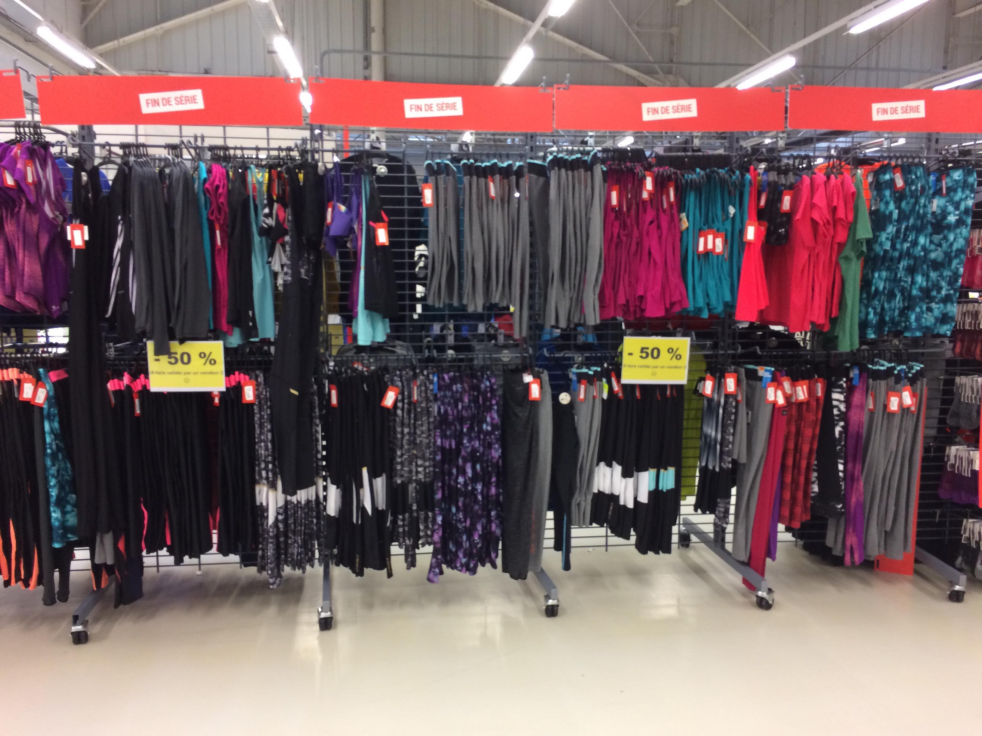 50% de réduction sur une sélection de produits soldés - Ex : T-shirt Nike Dry fit