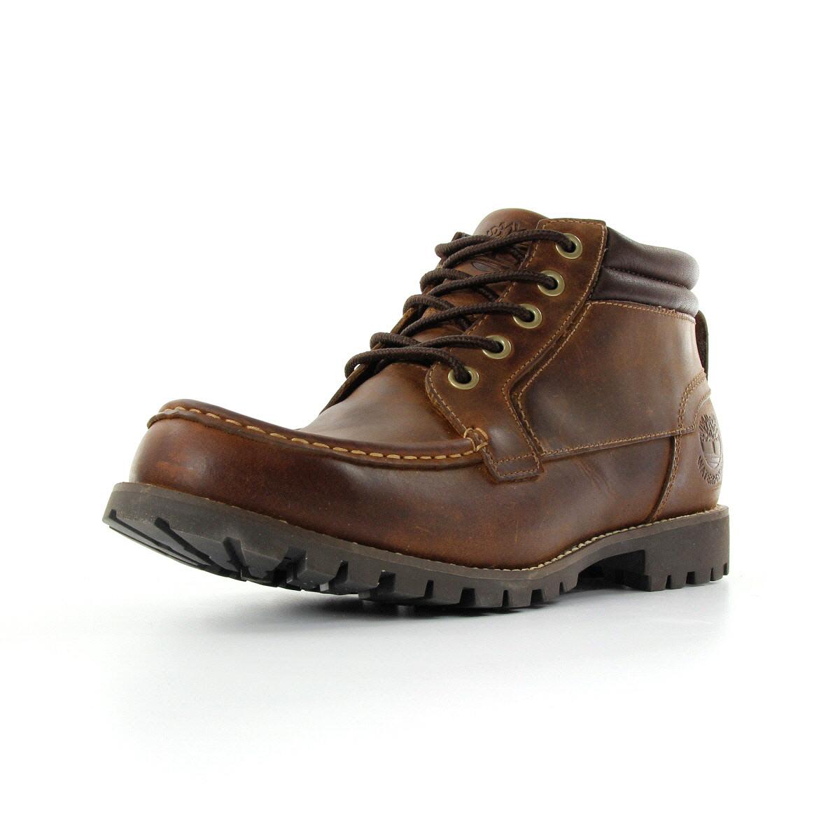 Jusqu'à 60% de réduction sur une sélection de chaussures