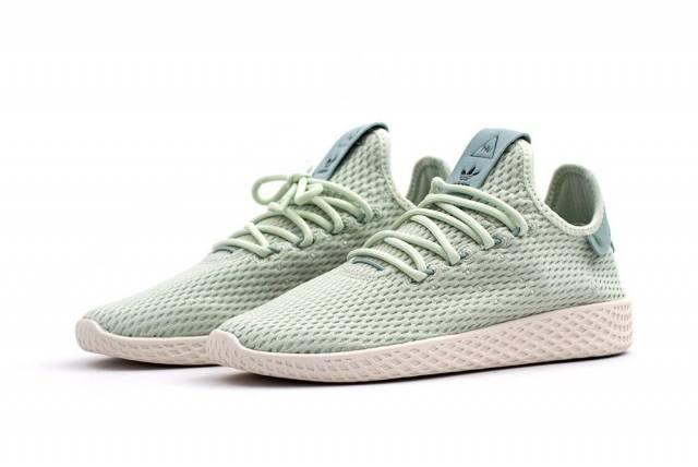 Sélection d'Articles en Promotion + 20% réduction supplémentaire - Ex : Chaussures Adidas x Pharrell Williams PW Tennis HU (du 36 au 40)