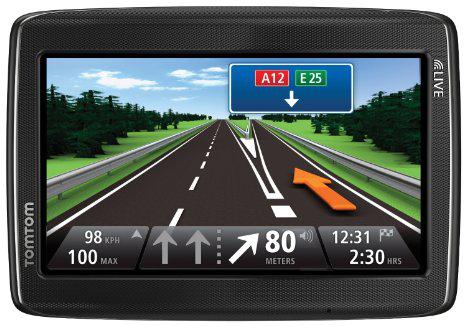 GPS TomTom Go Live 825 M Cartographie à vie Europe 45 (1ER5.002.14)