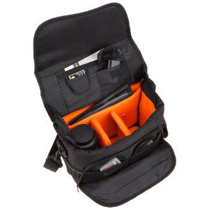 Sacoche bandoulière AmazonBasics Gadget pour reflex et accessoires (Port : 7.44€)