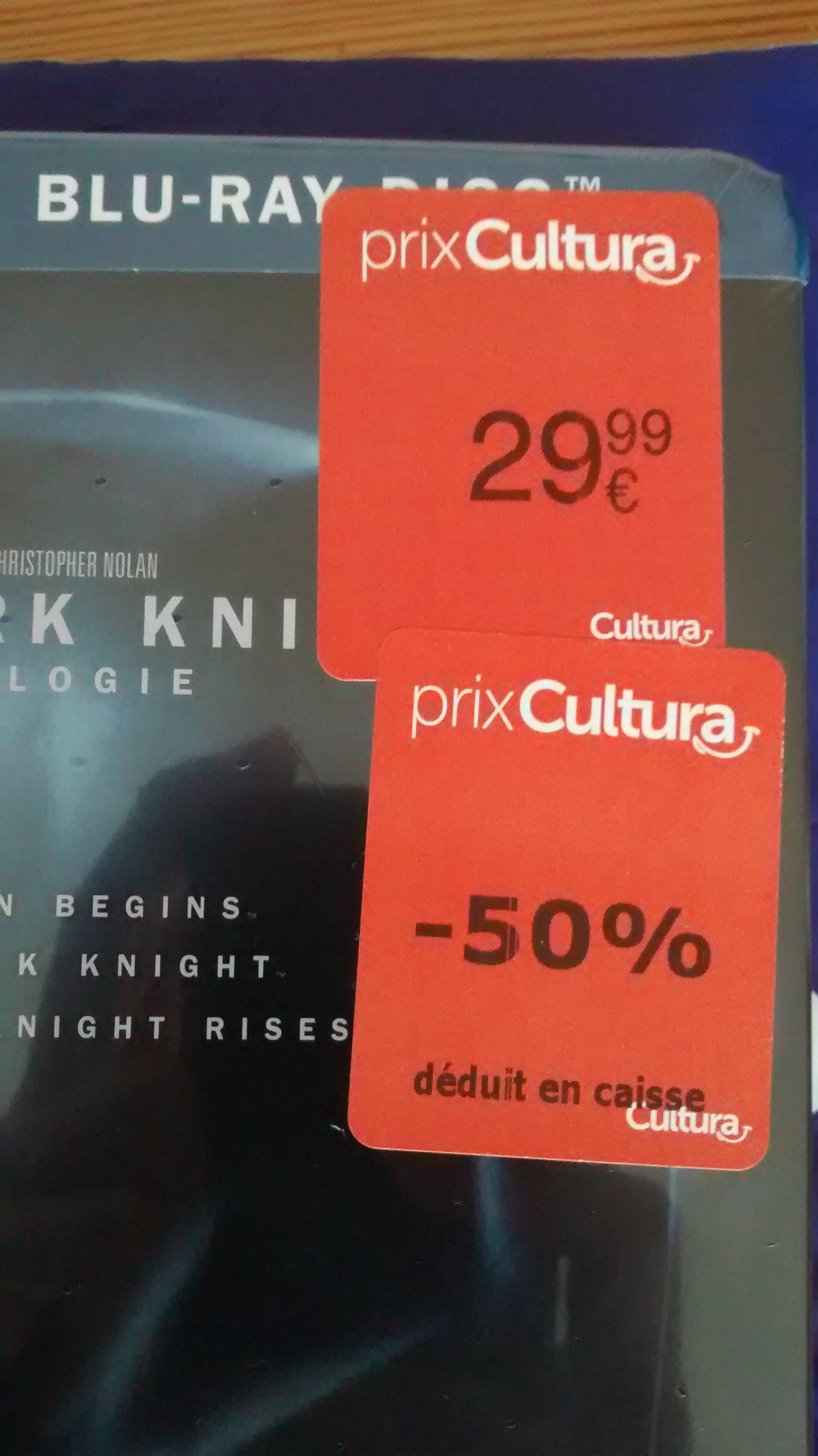 Coffret Batman The Dark Knight Trilogie Blu-Ray (en ligne et en magasin)