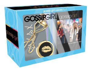 Coffret DVD Gossip Girl - L'intégrale saisons 1 à 5 + Accessoires