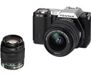 Appareil photo Hybride a objectif interchangeables Pentax K-01 Noir + 18-55mm + 50-200mm