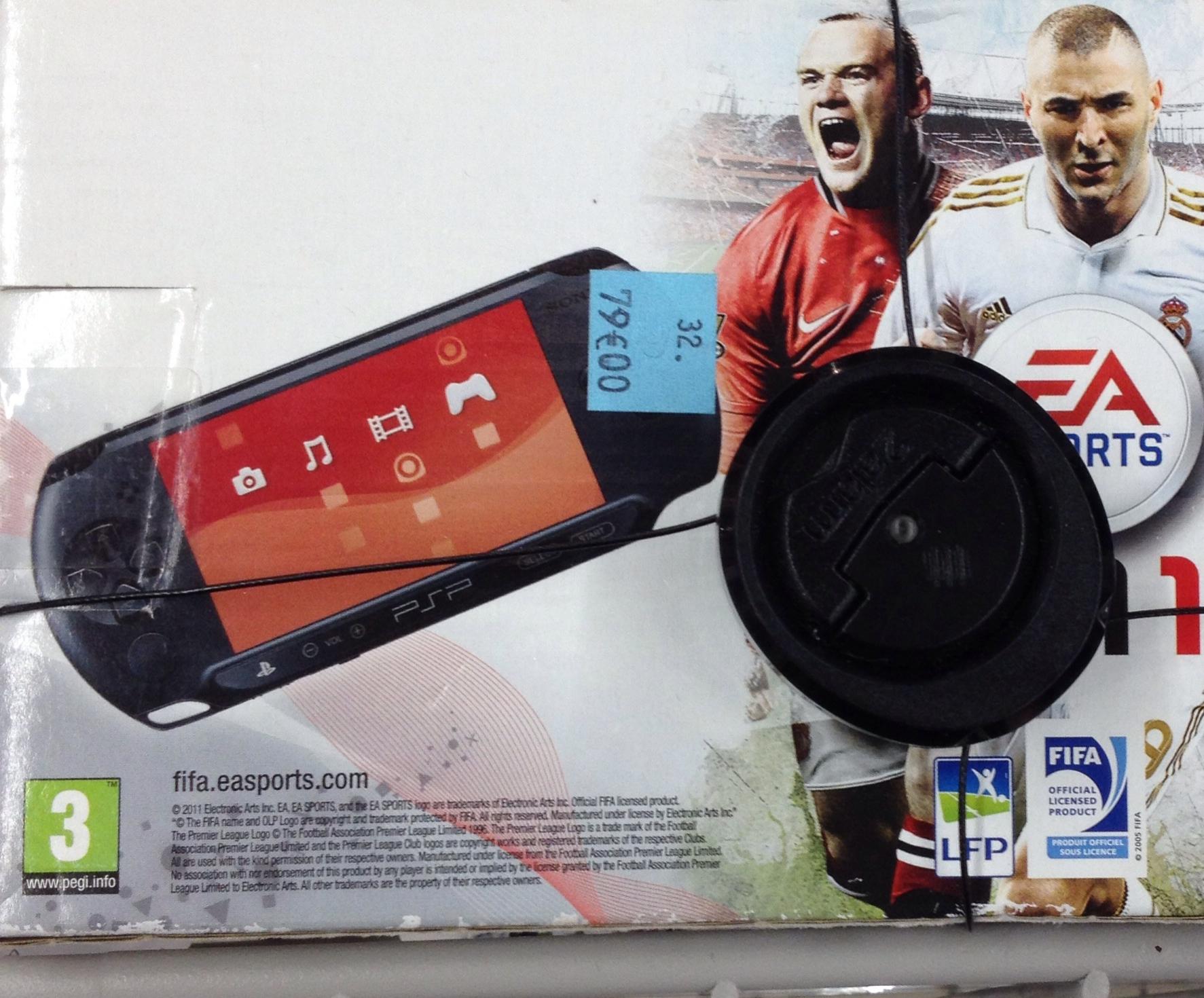 Console Sony PSP Street + FIFA 2012