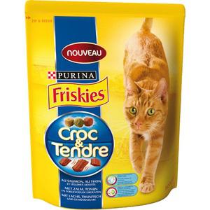 3 sacs de croquettes pour chat Friskies Croc & Tendre 800 g