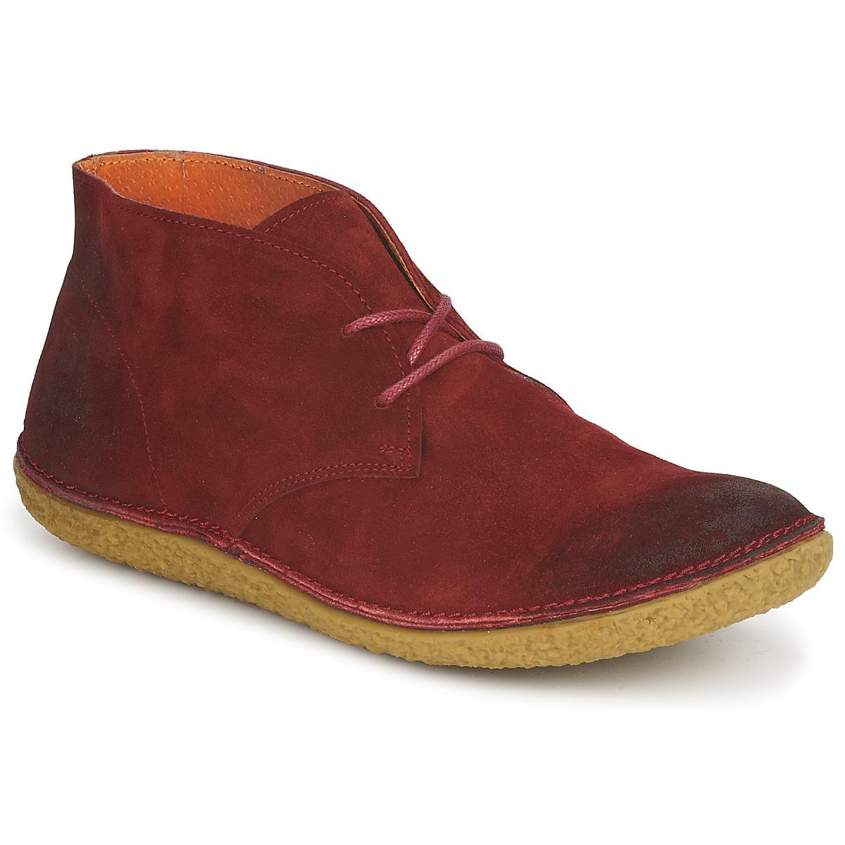 Sélection de chaussures femme Kickers en promotion. Ex : Boots cuir Kickers Hobbobo