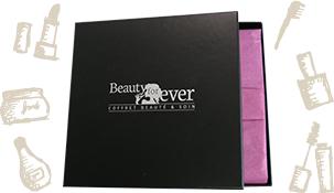 Coffret Beauté (3 produits de marque, 3 fiches, 1 accessoire)