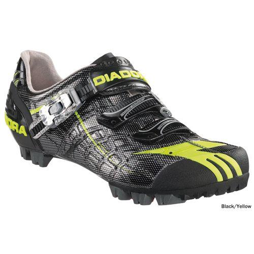 Sélection de chaussures de vélo jusqu'à -60% + 10% supplémentaire