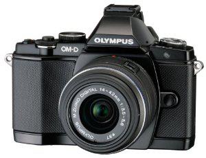 Appareil photo Olympus E-M5 + Objectif M.Zuiko Digital ED 14-42 mm II