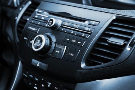 recharge de climatisation dans 3 centres Ford en Rhône-Alpes