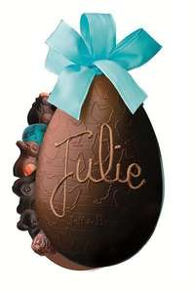 Personnalisation de votre oeuf de Pâques offerte (achat minimum 10,75€)