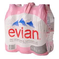 4 packs de 6 bouteilles Evian 1.5L