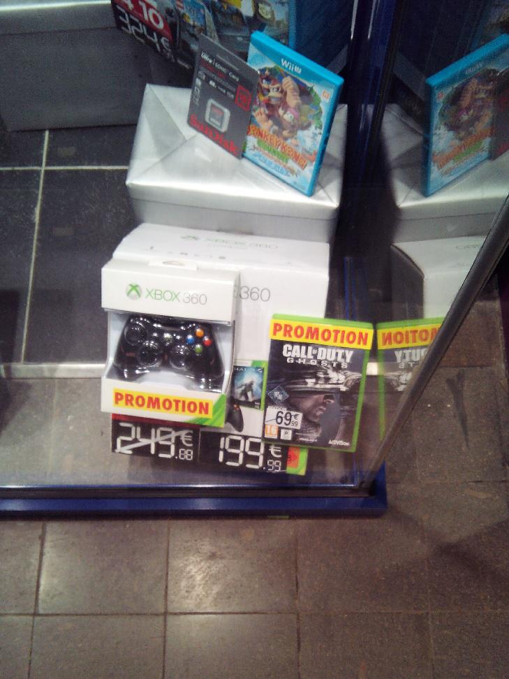Console Xbox 360 250 Go + 3 jeux + 2ème manette