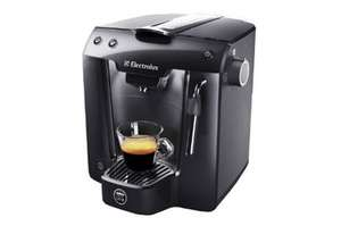 Machine à café expresso Electrolux Favola ELM5200BK