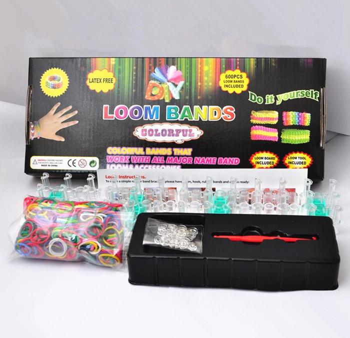 """Kit de fabrique de bracelets élastiques """"Looms"""""""