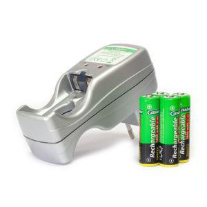 Chargeur Uniross Accus HR03/AAA et HR6/AA
