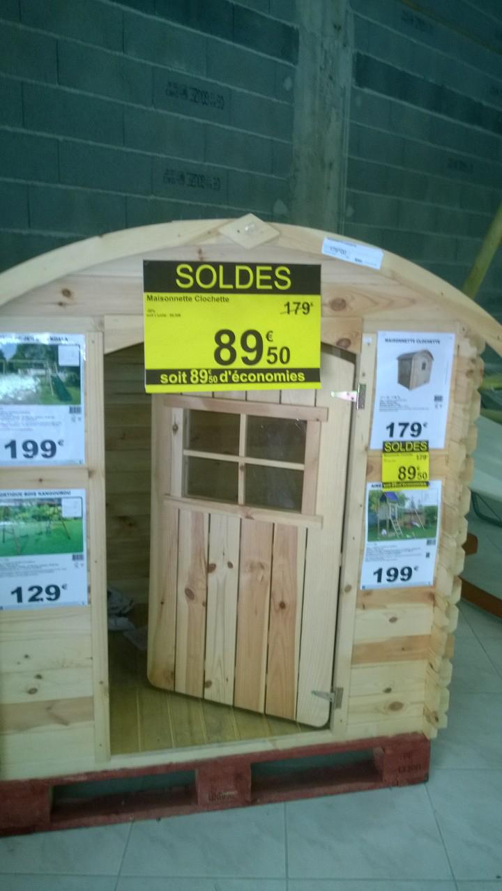 Maisonnette Clochette en bois