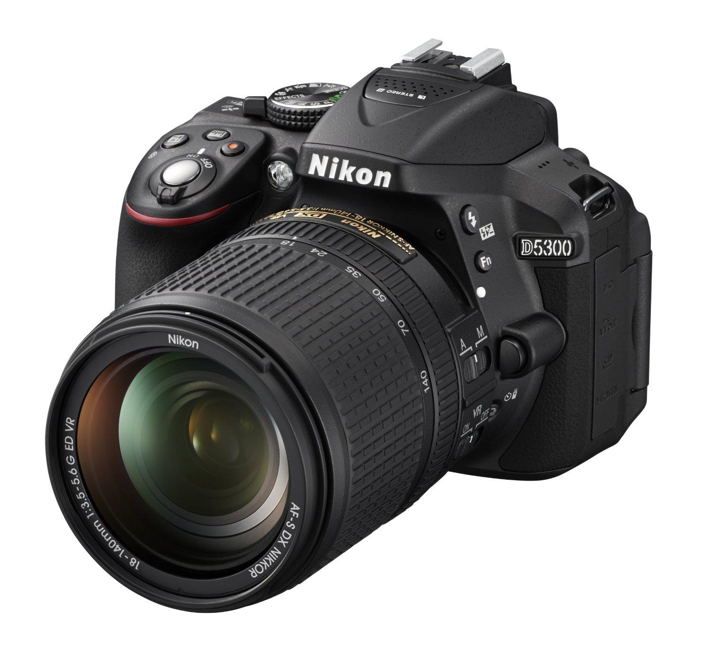 Reflex Nikon D5300 + Objectif AF-S DX 18-140mm VR
