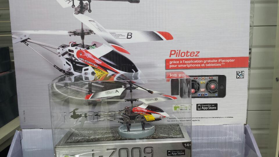 Hélicoptère i-Z009 pilotable via smartphone