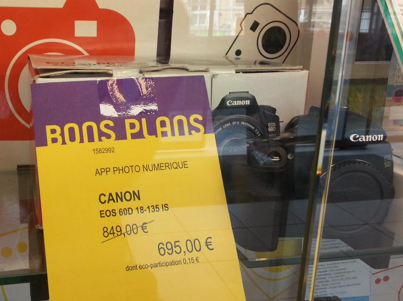 Reflex Canon EOS 60D + Objectif 18-135 IS