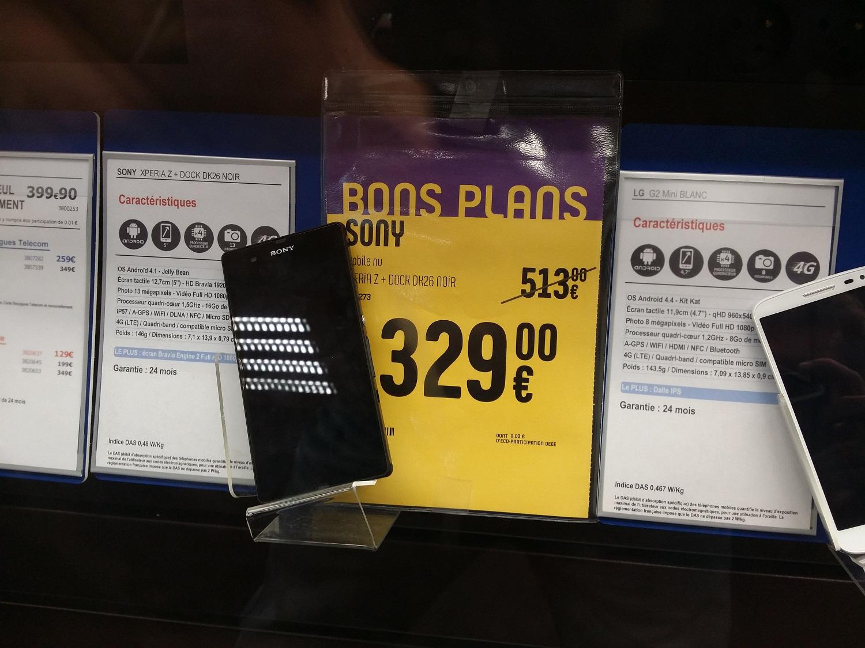 Smartphone Sony Xperia Z Noir + Dock DK26