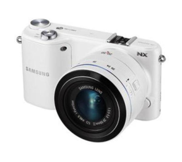 Appareil photo Samsung NX2000 + Objectif 20-50 mm