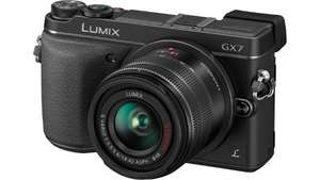 Appareil photo Panasonic GX7 + objectif 14-45 + objectif 45-150