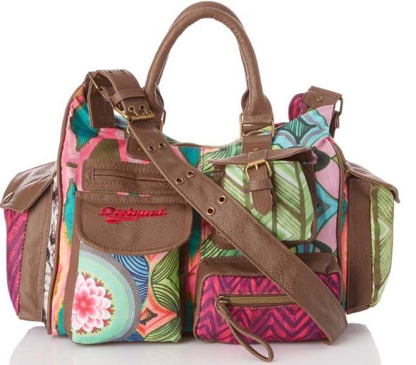 Sélection de sacs en promo - Ex : Sac bandoulière Desigual