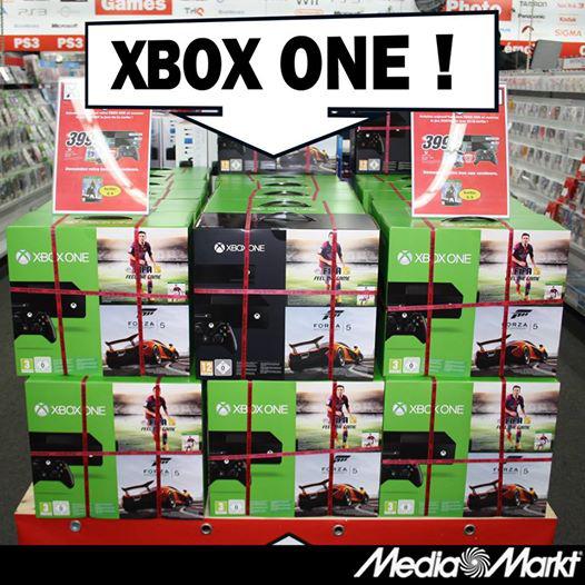 Pack Xbox One (avec ou sans Kinect) + Destiny + Fifa 15 + Forza 5 en magasin ou en ligne