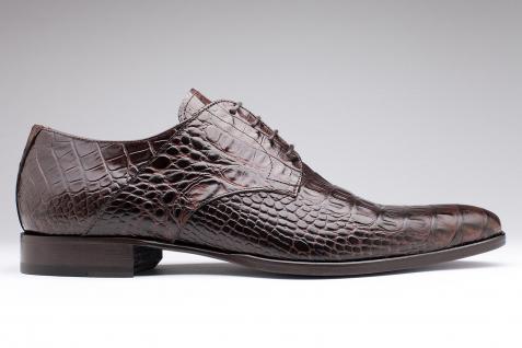 2 paires de chaussures (gamme Latina et Classic range)
