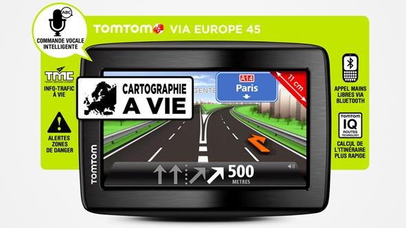 """GPS 4.3"""" Tomtom VIA 130M Europe 45 pays - Trafic et carte à vie + housse de protection"""