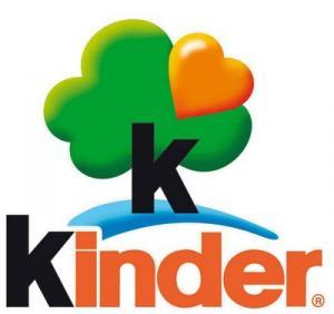 KINDER - une boîte cadeau anniversaire pour les enfants