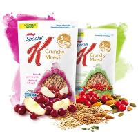 Paquet de Crunchy Muesli Pommes & raisins ou airelles & amandes de Kellog's