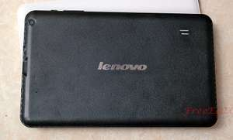 "Tablette 9"" Lenovo 16 Go (2 Go RAM, batterie 6000Ma) - Noir ou blanc"